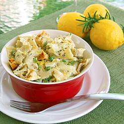 Simple Cheesy Chicken Farfalle with Peas