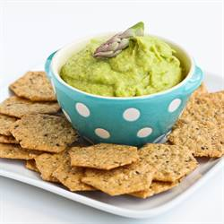 Asparagus Hummus for Healthy Snacking