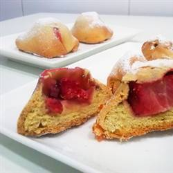 Brioches stuffed with strawberry or brioch