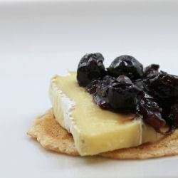 brie with a blueberry chipolte chutney