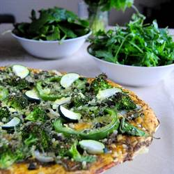 Vegan green pizza