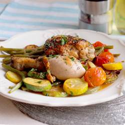 Skillet chicken with vegetables (1)