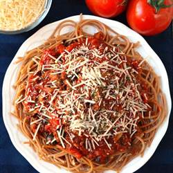 Spaghetti With Meat Sauce (2)