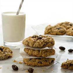 Oatmeal Raisin Cookies (5)