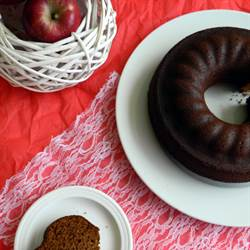 Amazing vegan apple cake
