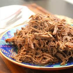 Crockpot Balsamic Shredded Beef (1)