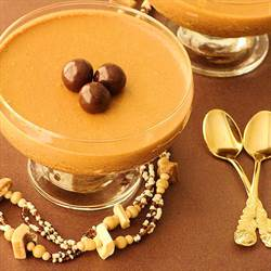 Cinnamon spiced coffee mousse