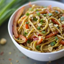 SPICY ASIAN NOODLES WITH PEANUT SAUCE