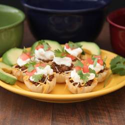 Taco Phyllo Poppers With Creamy Chobani