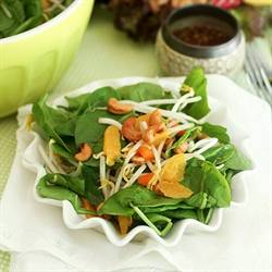 Spinach Orange and Cashew Salad