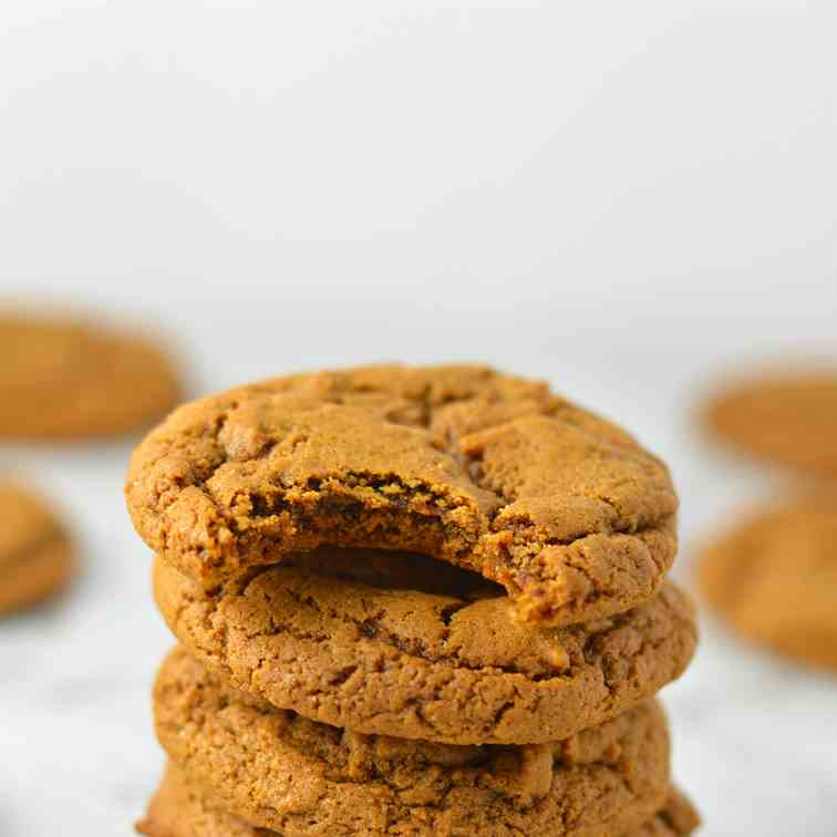 Peanut Butter and Molasses Cookies
