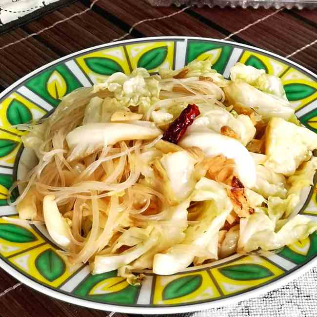 Cabbage stir-fry (Chinese style)