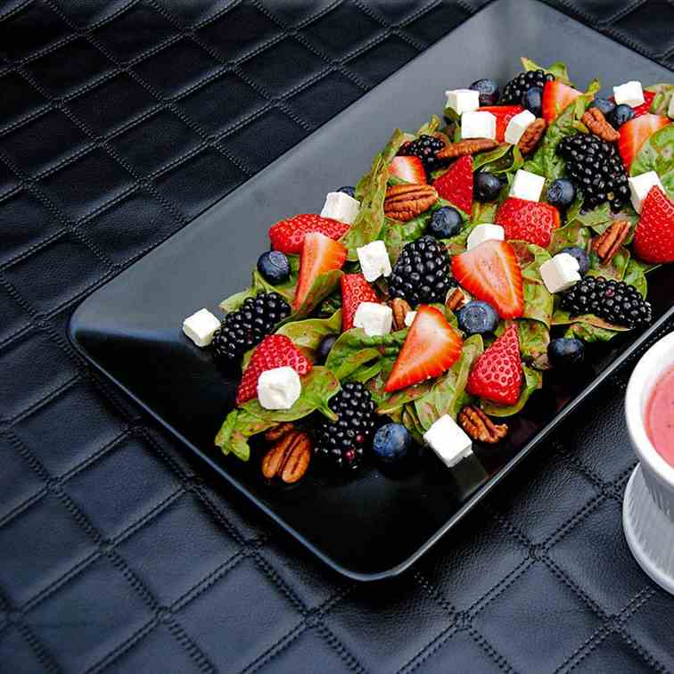 Strawberry Poppy Seed Sauce Salad