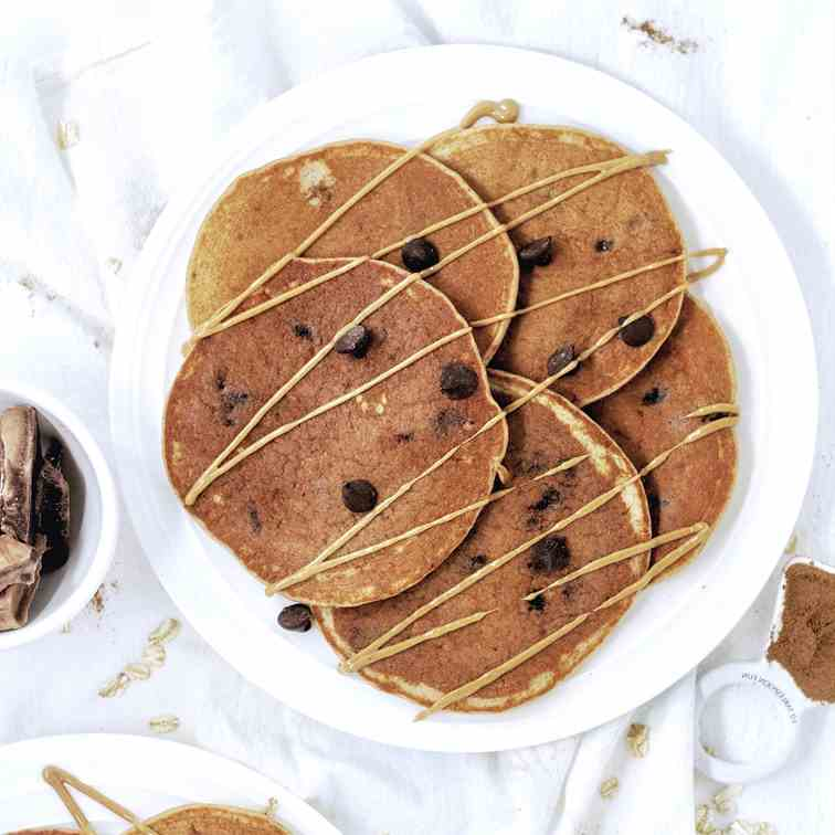 Oatmeal Chocolate Chip Protein Pancakes
