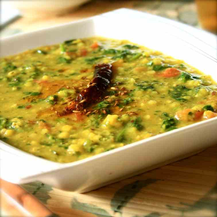 Garlicky Spinach Daal