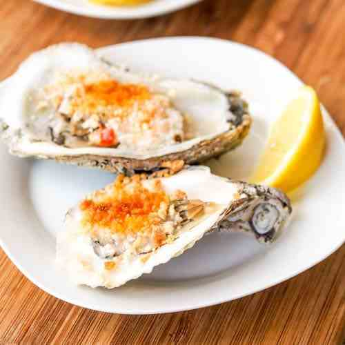 Broiled Oysters with Spicy Mayo Panko Sauc