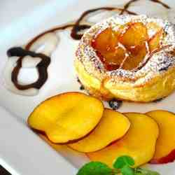 Mini-tarts with peaches