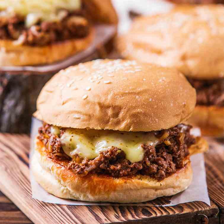 Cheesy Sloppy Joe Burger