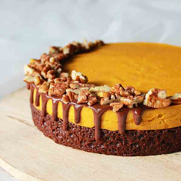 Pumpkin mousse chocolate cake