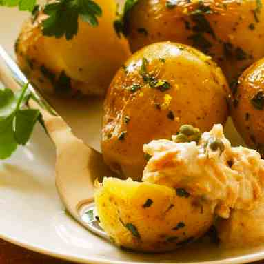 Potatoes With Parsley And Tuna Dip