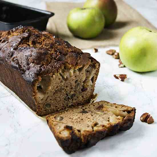 Spiced Apple and Pecan Loaf Cake
