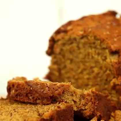 A Classic Homemade Banana Bread
