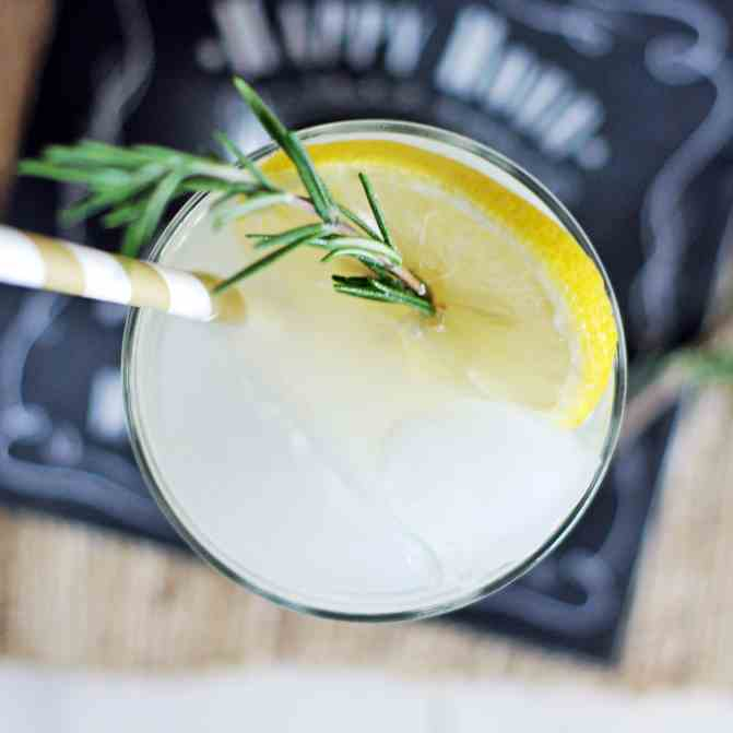 Rosemary Honey Vodka Spritzers