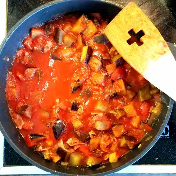 Eggplant-Bacon Tomato Sauce for Pasta
