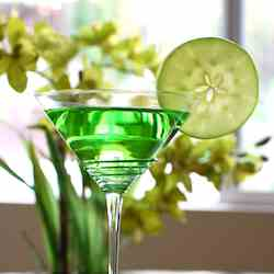 Pucker Up with a Green Appletini!