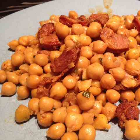 Chorizo and Chickpeas Skillet Meal