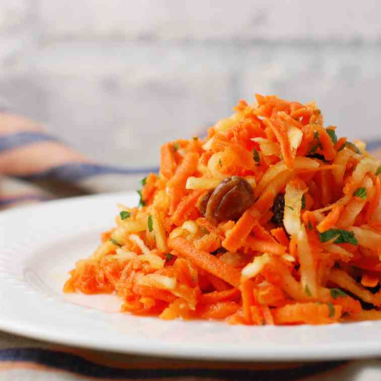 Grated Daikon Carrot Salad with Raisins