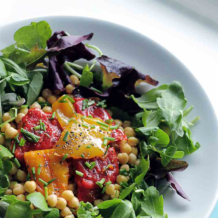 Grilled Peppers, Chickpeas Salad