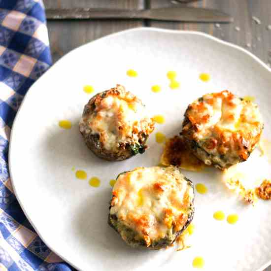 Portobellini Cheese Melts with Pesto and P