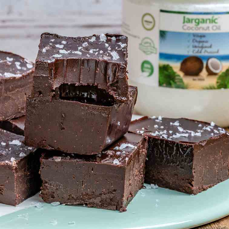 Easy Chocolate Fudge Recipe -Vegan - Paleo