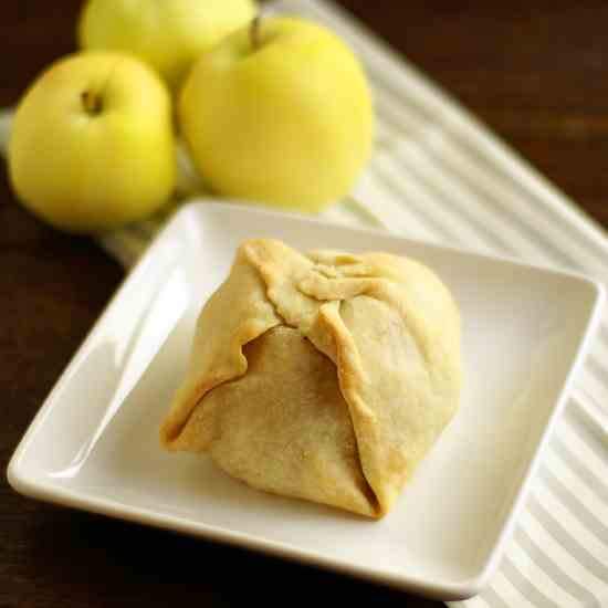 1800's Apple Dumplings