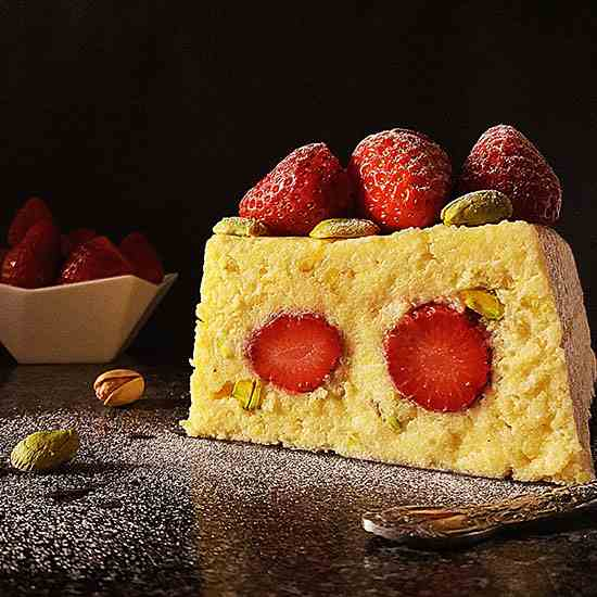 Strawberry Polenta No Bake Cake