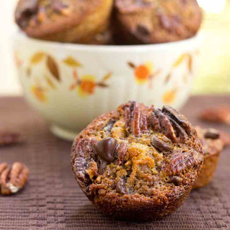 Chocolate Pecan Pie Muffins