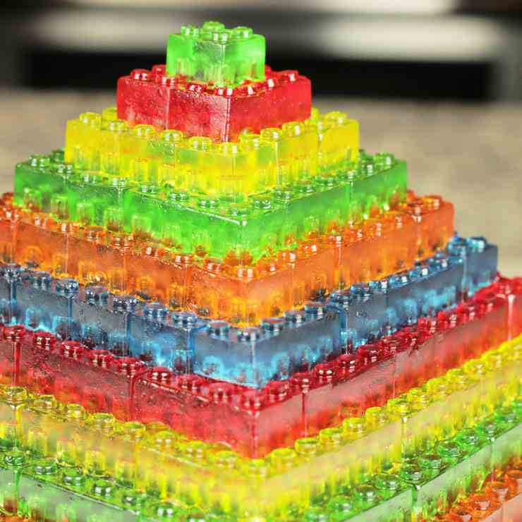 Stackable Gummy LEGO JELL-O Candy Pyramid