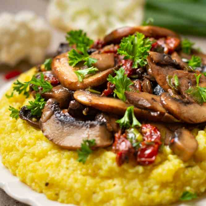 Mushroom Ragout with Cauliflower Polenta