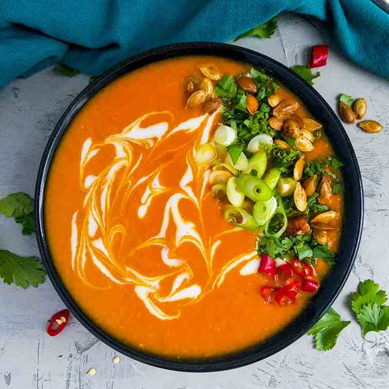 Spicy Thai Pumpkin Soup