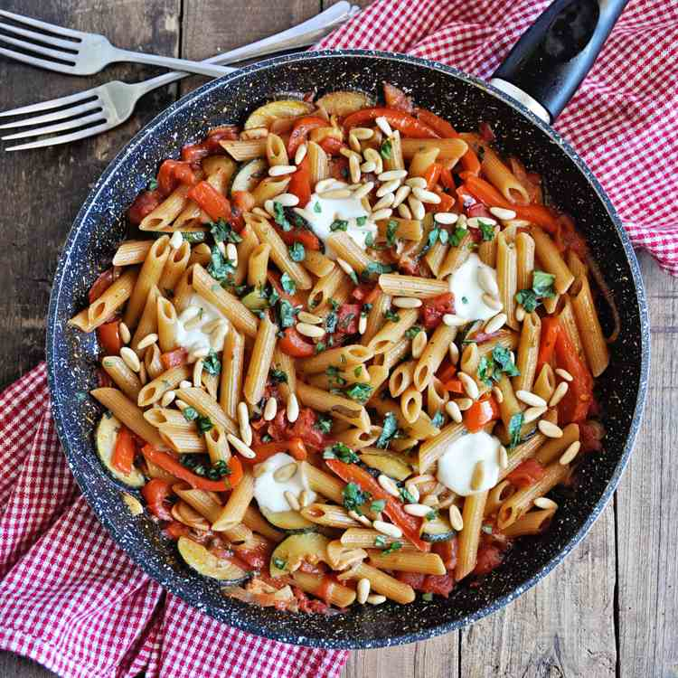 The Ultimate One-Pot Vegetarian Pasta