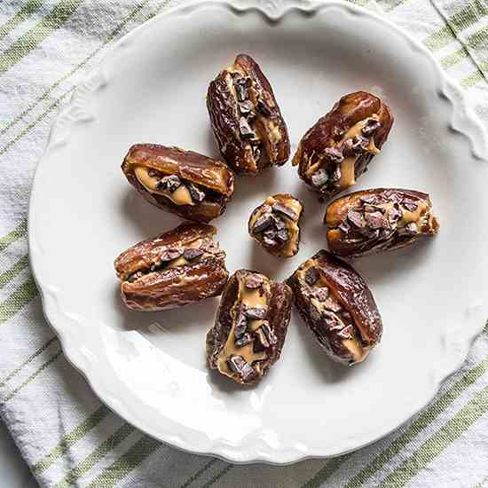 Peanut Butter and Cacao Nib Date Bites