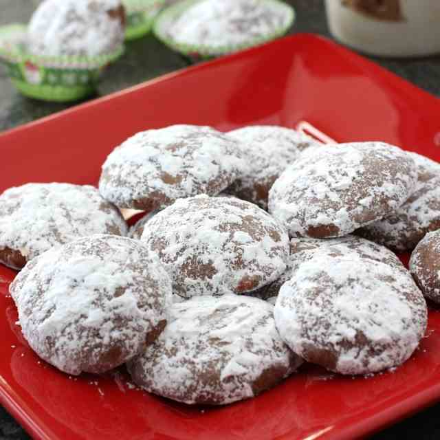 Chocolate & Peppermint Wedding Cookies