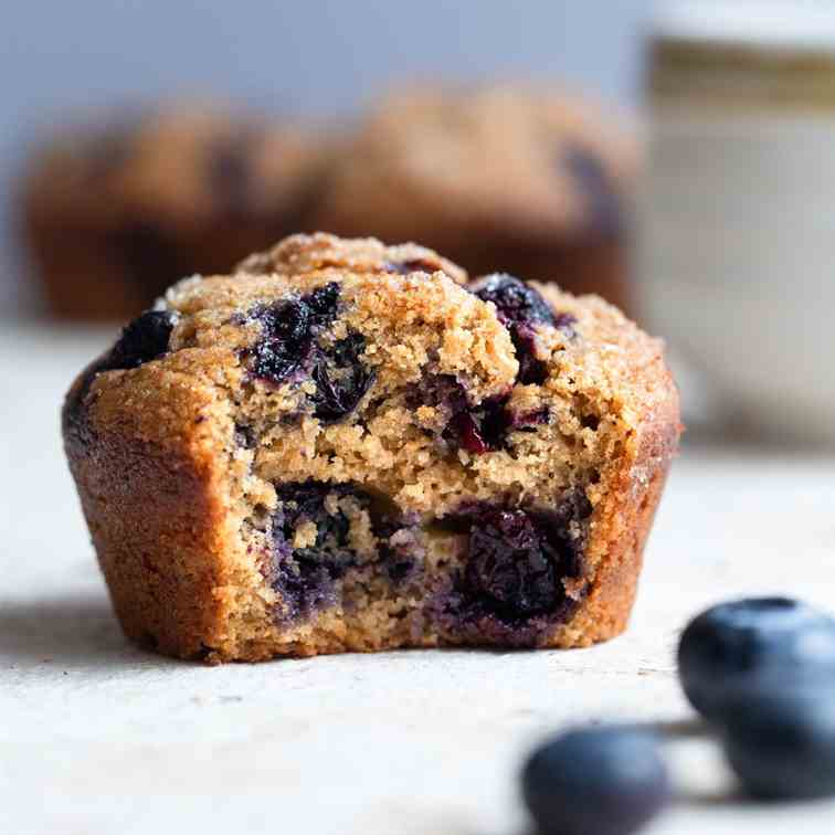 The Best Healthy Blueberry Muffins
