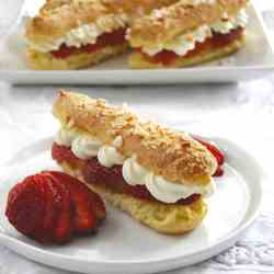Strawberries and two Creams Eclairs