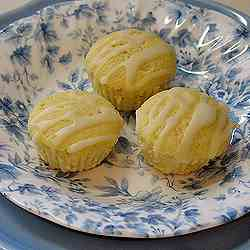 German Mini Lemon Cakes
