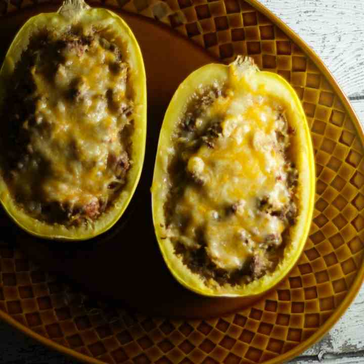 Chili Cheese Stuffed Spaghetti Squash