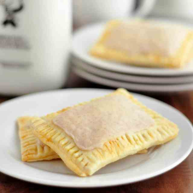 Cinnamon Brown Sugar Pop Tarts