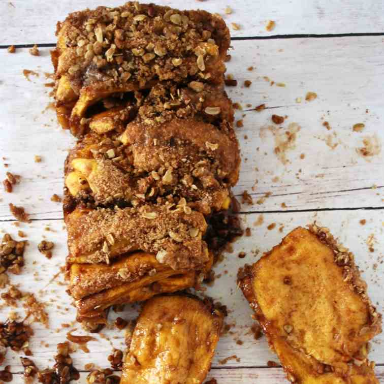 Pumpkin Pull Apart Bread with Pecans and C