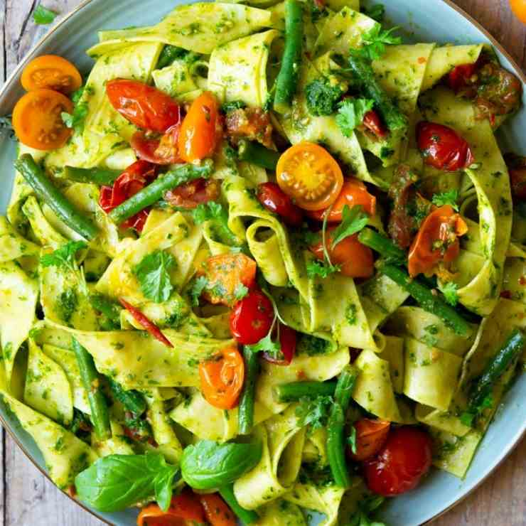 Pasta with Green Beans, Tomatoes - Pesto